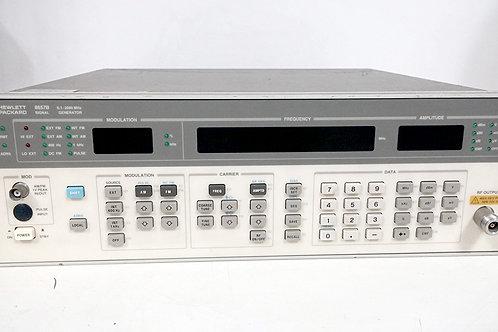 HP 8657B Signal Generator