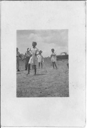 [African American children playing singi