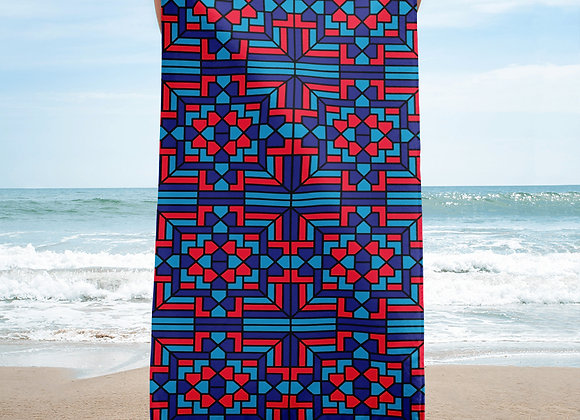 Labyrinth Lake Beach Towel