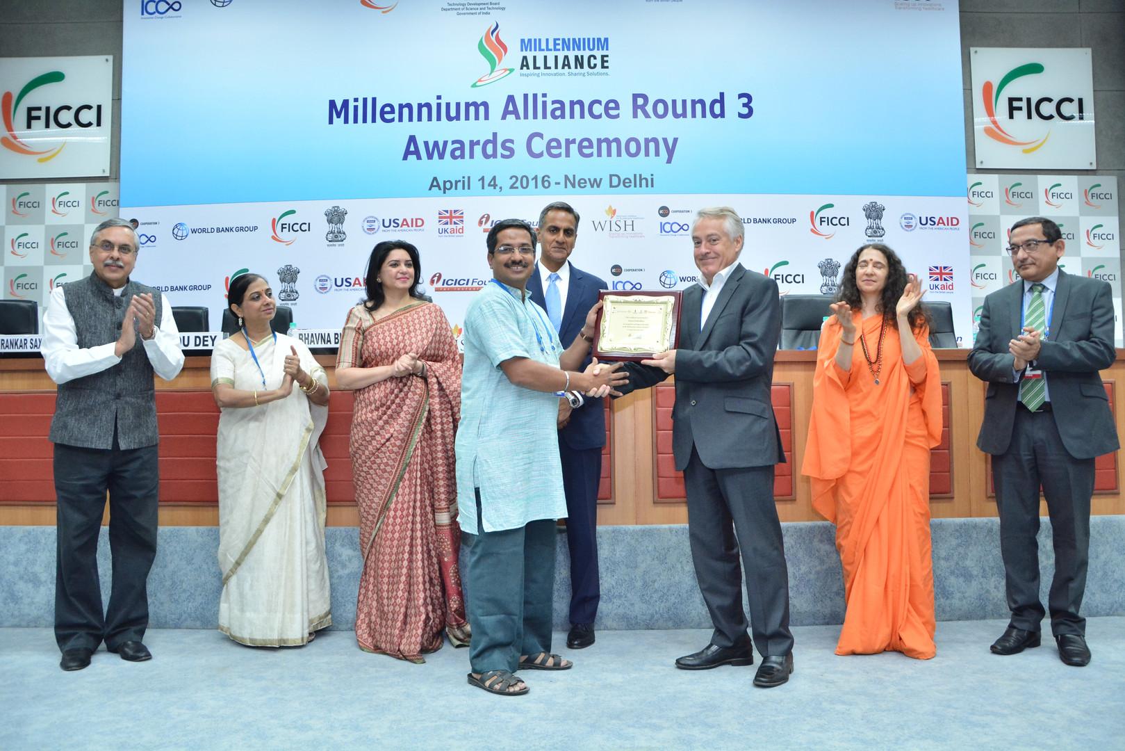Receiving the Milennium Alliance Award f