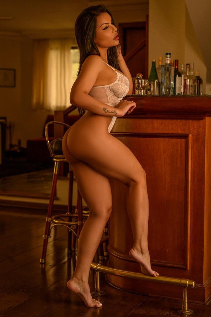 Manuela (4).jpeg