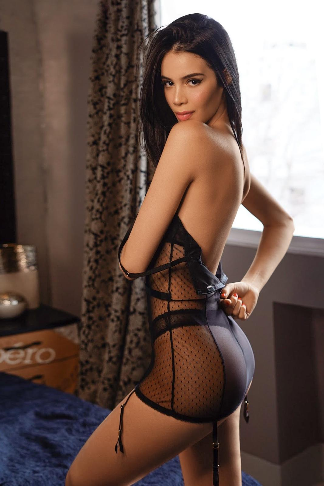 Cindy (36)