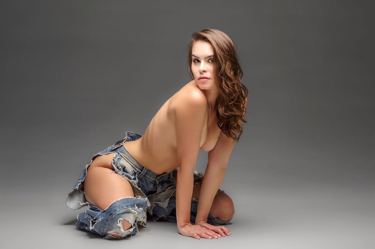 Gabrielle (26)