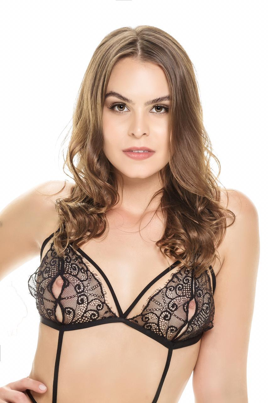 Gabrielle (3)
