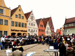 Mahnwache: Donauwörth demonstriert gegen Rassismus