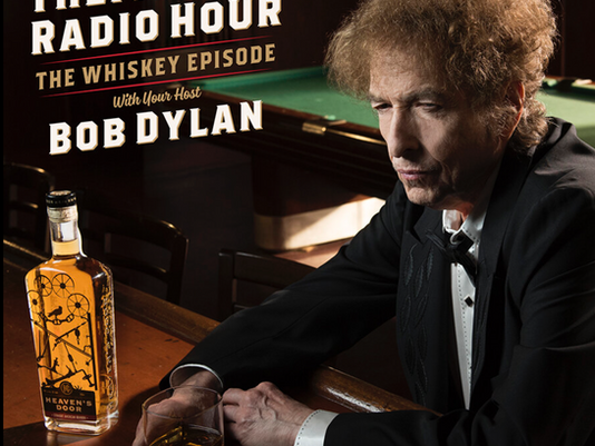 """Bob Dylan Welcomes Fans Back to """"Theme Time Radio Hour"""""""