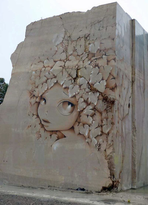 La Fille aux cheveux de vigne, Vinie, 2016 - Villars-Fontaine, Bourgogne | Bacchus et le Vin | Graffiti | Street Art | Exposition virtuelle | Le Musée Virtuel du Vin