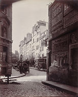 Eugène Atget, Rue des Prêtres Saint-Séverin vers la rue Boutebrie et le musée de Cluny, 5e arr., c. 1900 - Musée Carnavalet, Paris   Le Musée Virtuel du Vin - The Virtual Wine Museum