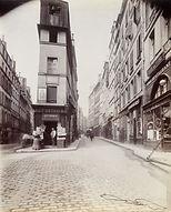 Eugène Atget, Angle des rues de Cléry et d'Aboukir, 2e arr. - Musée Carnavalet, Paris   Le Musée Virtuel du Vin - The Virtual Wine Museum