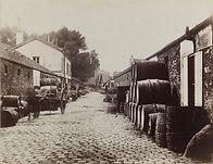 Eugène Atget, Entrepôts de Bercy (halle aux vins), rue d'Orléans (actuelle rue de Sauternes), 12e arr. - Musée Carnavalet   Le Musée Virtuel du Vin - The Virtual Wine Museum