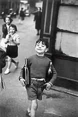 Henri-Cartier Bresson : Rue Mouffetard (1954)