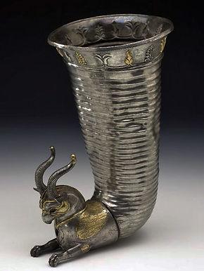 Rhyton orné d'une tête de griffon - Britis Museum, Londres