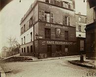 Eugène Atget, Cabaret « aux billards en bois », « au franc buveur », r. St-Rustique, Montmartre, 18e arr., 1922 - Musée Carnavalet, Paris | Le Musée Virtuel du Vin - The Virtual Wine Museum