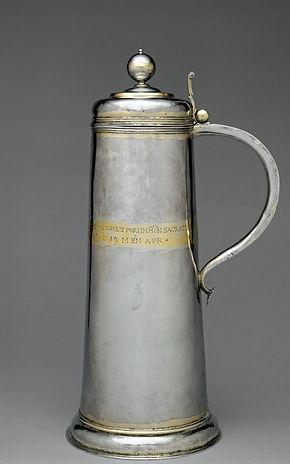 Pot à vin de messe, argent en partie doré - The Metropolitan Museum of Art