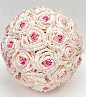Rosen Kugel aus Seidenblumen