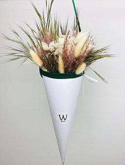 Geschenk Box (Tüte) mit präparierten Blumen