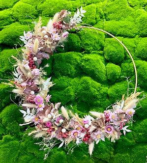 Kreis ausTrockenblumen