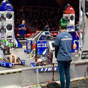Hollis-Brookline High School Robotics Team Qualifies for World Championship in Detroit