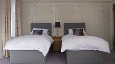 Glasgow Room, Gardenrose B&B, twin beds