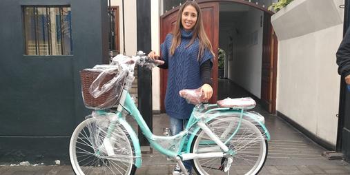 bicicleta con canasta paseo.png