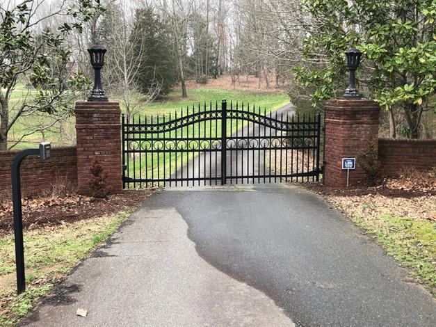 Hest Access Gate