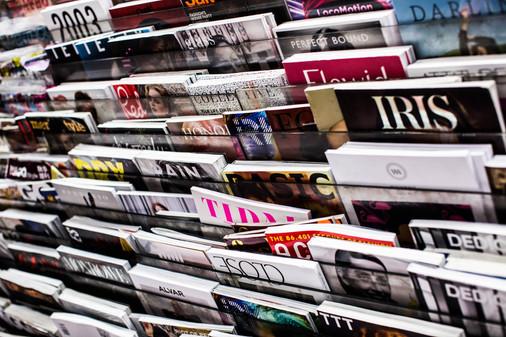 magazine-stand.jpg