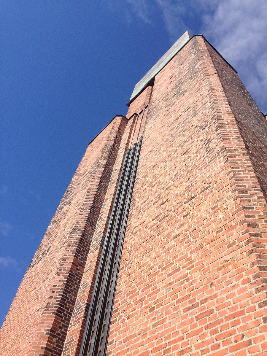 Pauluse kirik tellisfassaad vuukimine restaureerimine taastamine
