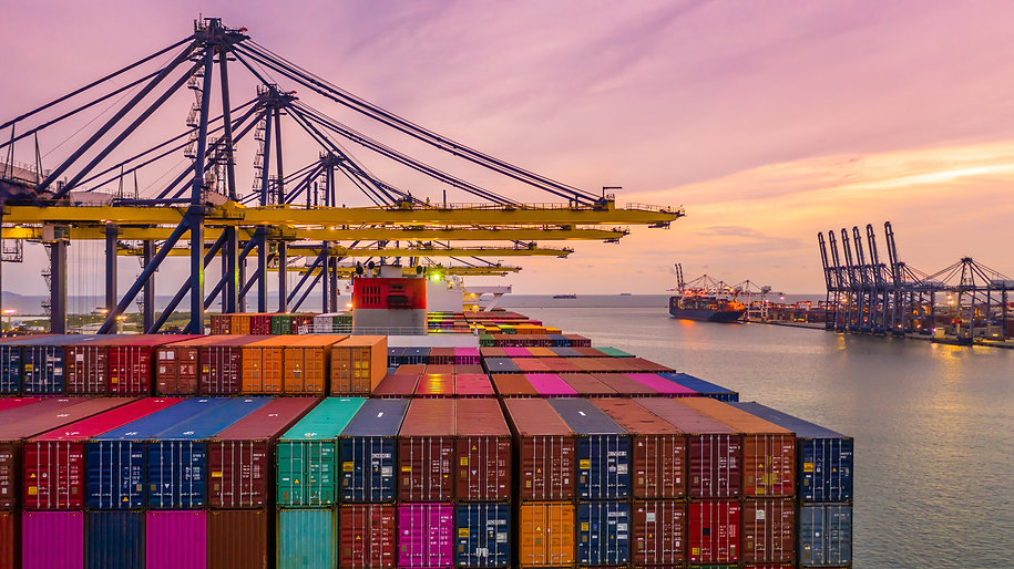 container-ship-loading-unloading-deep-se