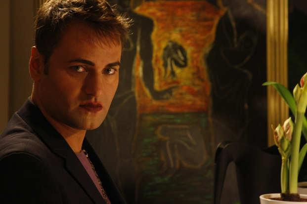 Nic Gilder as Alan