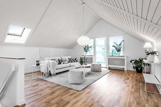 Villa i Skarpäng