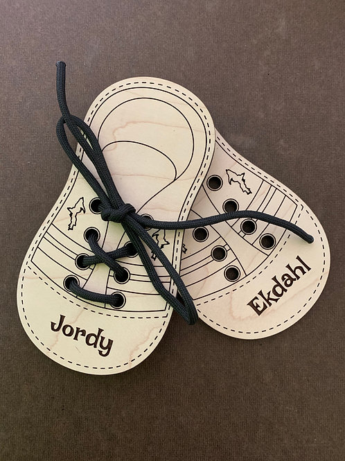 Learn to Tie Lacing Toy