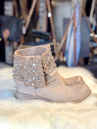 Stategia Boots