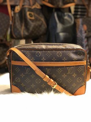 Louis Vuitton Monogram Trocadero 30