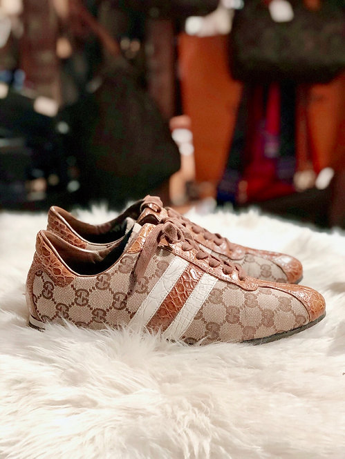 Gucci GG Canvas Low-Top Sneakers