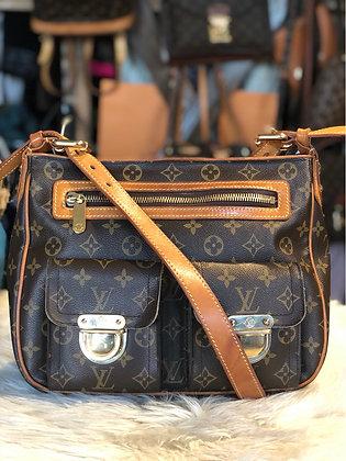 Louis Vuitton Monogram Hudson GM