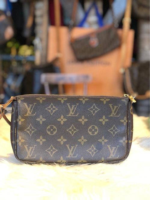 Louis Vuitton Monogram Pochette Accessoires