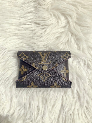 Louis Vuitton Monogram Kirigami Pochette PM