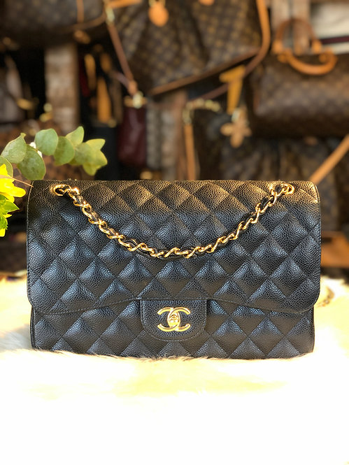 Chanel Classic Caviar Jumbo Double Flap