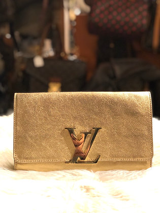 Louis Vuitton Leather Louise Clutch