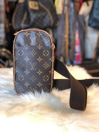 Louis Vuitton Monogram Gange Pochette