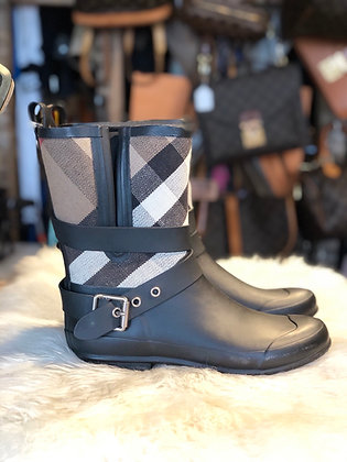 Burberry Holloway Ankle Rain Boots