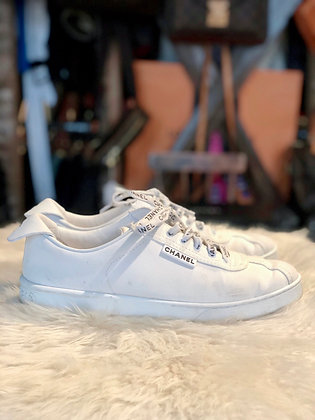 Chanel 2019 CC Low-Top Sneakers