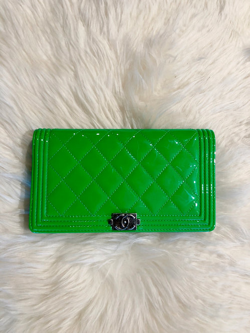 Chanel Boy Yen Quilted Patent Leather Wallet