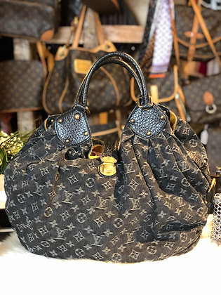 Louis Vuitton Mahina XL Hobo