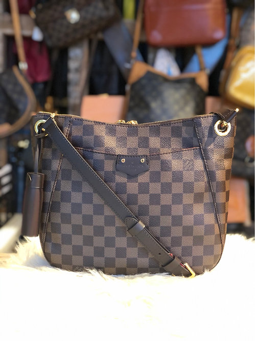Louis Vuitton Damier Ébène South Bank Besace Bag