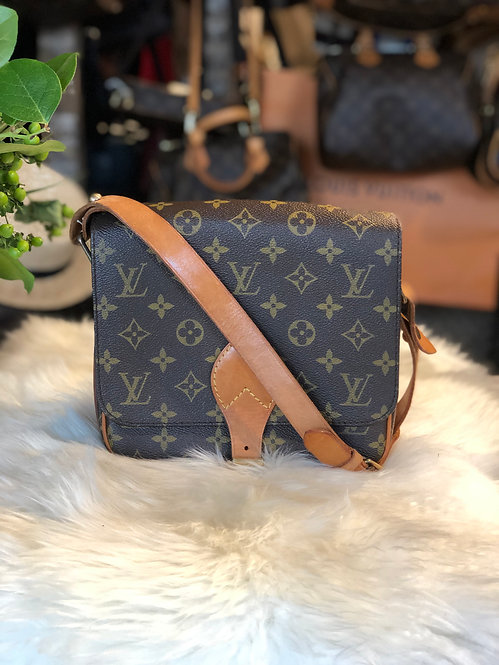 Louis Vuitton Monogram Cartouchière MM
