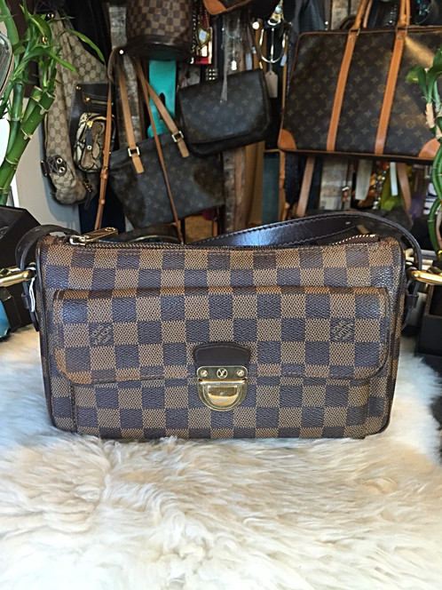 a25096af8f37 ... Damier Ebene coated canvas Louis Vuitton Ravello GM with brass  hardware