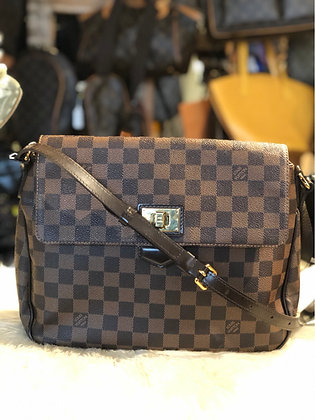 Louis Vuitton Damier Ébène Besace Roseberry Bag