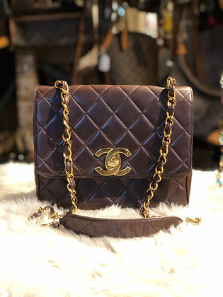 Chanel Vintage Chestnut Brown Quilted Crossbody Flap Bag (24k)