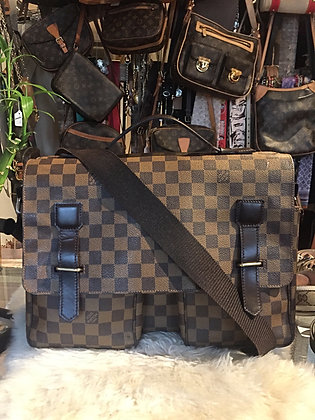 Louis Vuitton Damier Ébène Broadway Messenger Bag